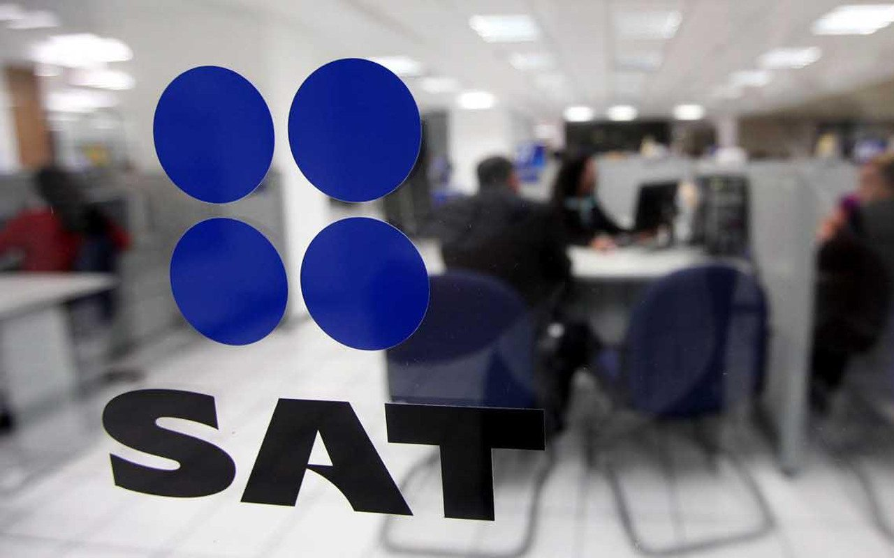 ¿Por qué el SAT demora las devoluciones de impuestos?
